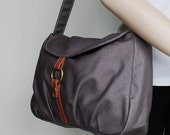 NEW YEAR SALE 30% - Fortuner-S in Waxed Grey / Centre Zipper Pocket / Purse / Laptop / Shoulder / Messenger Bag / Handbag / Wallet / Diape