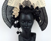 BLACK FAN HEADDRESS