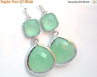 SALE Silver Green Mint Earrings, Light Green Earrings, Silver Earrings, Wedding Jewelry, Bridesmaid Earrings, Bridal Jewelry, Bridesmaid Gif