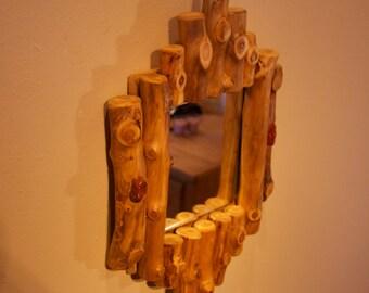 Rustic log mirror - Wall mirror - Log furniture - Rustic decor - Cabin theme