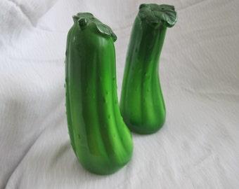 Green Cucumber salt and pepper shakers / Bright green vegetable salt pepper