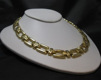 Vintage Link Necklace - Stunning Link Necklace - Gold-tone