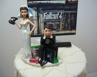 Fall 4 Funny Wedding Cake Topper Video Gamer Bride & Groom Got 1 Xbox One/PS4/PC Video Game Junkie Dogmeat Dog Custom Personalized