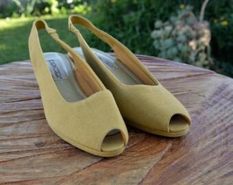 Vintage 1970s Dandelion Yellow Canvas Wedge Slingback Heels Size 10