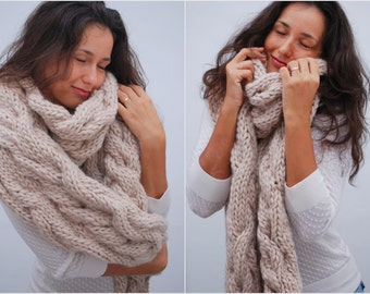 EXPRESS SHIPPING to US, Canada! Extra long and extra warm chunky scarf, light beige knit scarf, best winter accessories