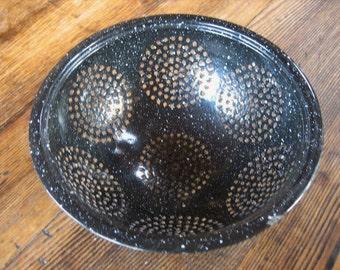 "Black Enamel Graniteware Splatterware Colander Strainer Sieve  9.5"""