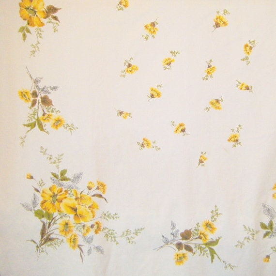 Vintage Floral Tablecloth Yelow Flowered Cotton Tablecloth Kitchen Table Dining Room Table Linens  Rectangular Tablecloth Linens