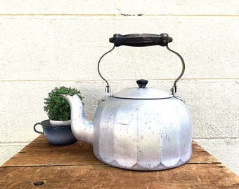 Large Aluminum TEA KETTLE | Metal Tea Pot | Vintage c.1930's Tea Kettle | Mirro Brand Stove Top Kettle | Black Wood Handle
