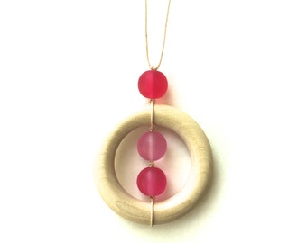Teething Necklace - Nursing Necklace Wooden and Resin Breastfeeding Necklace Teething Ring Necklace - Pink, Hot Pink, Magenta, Fuchsia