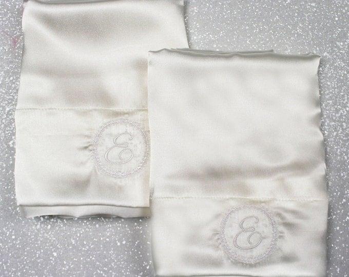 Satin Pillowcase, Monogrammed pillowcases, Set of two pillowcases, Wedding gift, Silk Pillowcase, Personalized Pillowcase, satin pillowcases