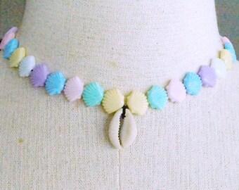 Beautiful Pastel Shell Choker Necklace Kawaii