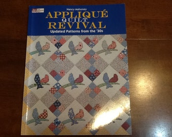Applique Quilt Book with patterns from the 1930s