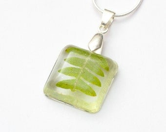 Cube Natural Forest Leaf necklace - leaf pendant, natural necklace, fern necklace, forest jewelry, natural jewellery, nature, green
