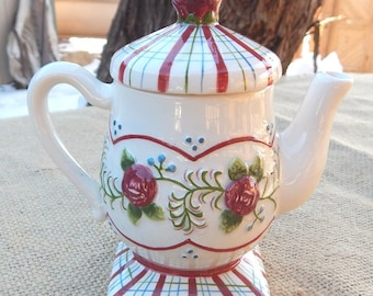 Small Decorative Teapot with Roses