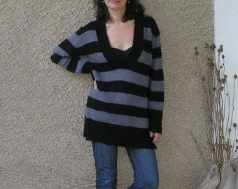 ON SALE: Vintage Acrylic-Mohair Long Sweater size L