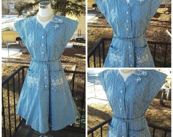 Vintage 1940s 1950s Blue White Flower Gingham Print House Dress Day Dress Belt MEDIUM M Rockabilly VLV