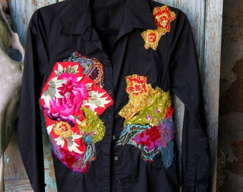 Black blouse with flower embroidery