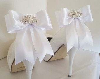 White Wedding Shoe Clips,Bridal Shoe Clips,  MANY COLORS, Satin Bow Shoe Clips, Bridesmaids, Clips for Wedding Shoes, Bridal Shoes