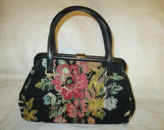 1950's Ladies Floral TAPESTRY PURSE---No Label