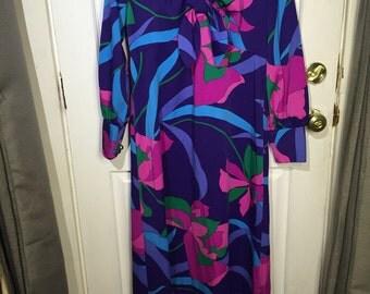 70s Hawaiian flower print maxi dress