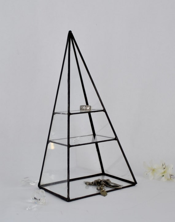 wedding ring holder glass box pyramid display box stained