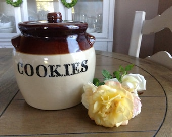 Monmouth Maple Leaf Vintage Crock Pottery Stone Ware Cookie Jar