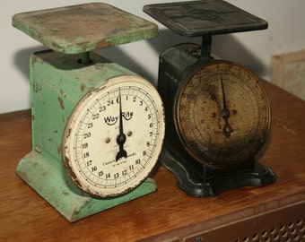 Vintage 1900s, Scale Rusty 25 Pounds, Farmhouse Scale, Home Scale, Mint and Black