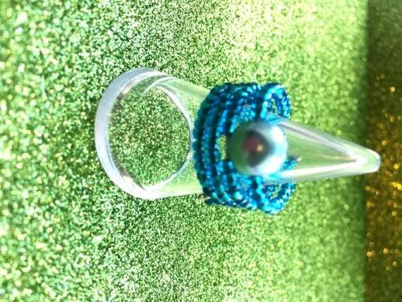 Turquoise Glass Ring Seed Bead and Pearl Memory Wire Expandable Ring by JulieDeeleyJewellery on Etsy Ladies Jewellery