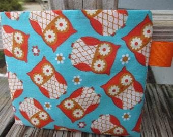 Reusable Snack Bag with Velcro Closure: Orange & Aqua Owls