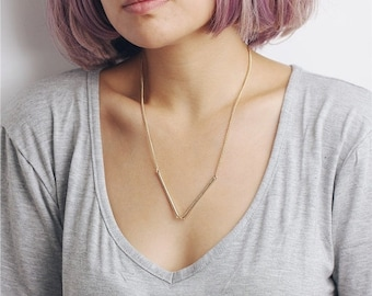 ON SALE Delicate simple everyday V connector bar necklace