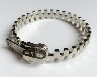 SALE Vintage Fashion Bracelet handmade with silver zip in metal