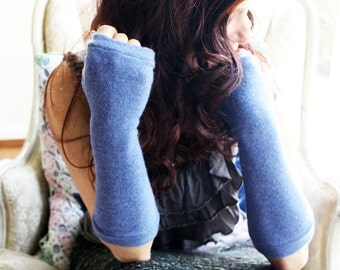 Cashmere Fingerless Gloves in periwinkle blue-  Fingerless Mittens - Wrist Warmers - armwarmers.