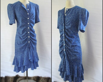 1980s blue and white vintage style