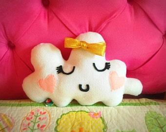 Cloud felt pillow