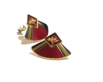 Laurel Burch Ruby Red Water Lilies Fan Shaped Pierced Earrings 22K Gold Trim Collectible Jewelry