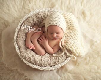 Baby Bonnet, Boys Bonnet, Girls Bonnet, Newborn Boys, Newborn Girls, Neutral Props, Neutral Baby Hat, Newborn Bonnet, Crochet Bonnet, Knits
