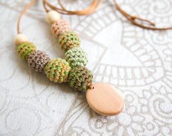 Forest colors Nursing necklace - teething toy - Babywearing - breastfeeding - juniper - pendant