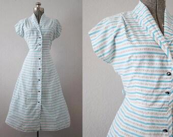1940's Blue and White Day Dress / Size Medium/Large
