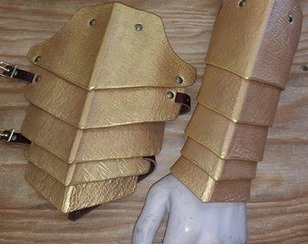 Leather Armor Scaled  Bracers