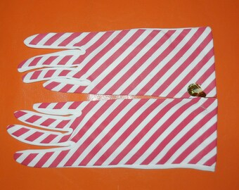 DEADSTOCK Vintage Striped Gloves Unworn Mod Nylon Stretch Gloves 1960s NWT Spring Summer Gloves Red White Striped Made in England sz 6.5 + 7