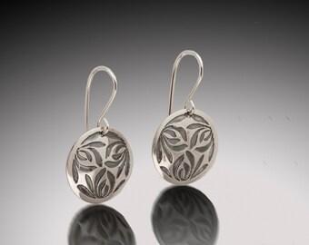 Sterling Silver Etched Japanese Lotus Kamon Earrings