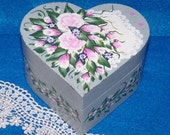Shabby Chic Wood Box Decorative Wooden Rose Heart Keepsake Box Hand Painted Heart Box Pink Roses White Lace Gift Box