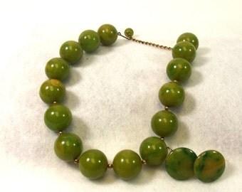 FALL SALE, Bakelite Necklace & Earring Set - Green Yellow Swirl Bakelite Jewelry - Vintage Jewelry - Clip Bakelite Earring - Bakelite Choker