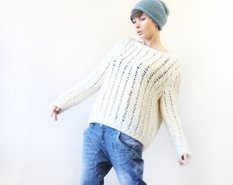 Vintage off white loose braid knit long sleeve slouchy sweater top