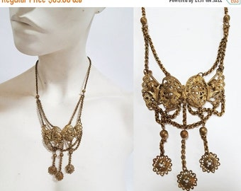 SHOP IS AWAY 1930s / 1940s  Brass Bow Necklace