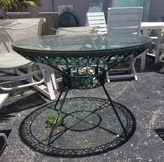Salterini Patio Table