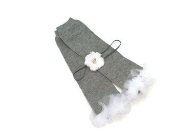 Grey Leg Warmers with White Ruffle, Ruffled Leg Warmers, Flower Girl Headband, Toddler Leg Warmers, Girls Leg Warmers, Baby Leg Warmers