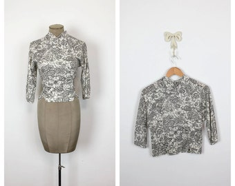50s Black and White Floral Blouse • 1950s Three-quarter Length Sleeve Wool Top • Tailored Button Up Paisley Shirt • Large