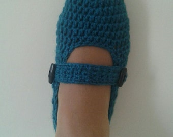 Blue beautiful slippers-Blue Crochet Slippers -Socks Booties-with bow