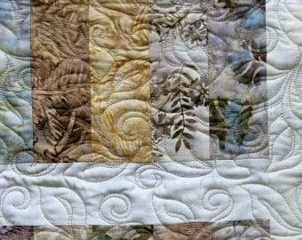 Quilted Table Runner - Table Topper - The Sands of Time